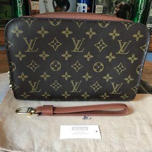 Authentic Louis Vuitton Orsay Clutch